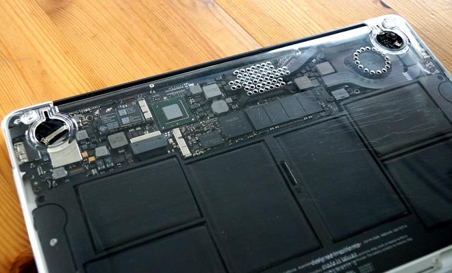 MacBookAIR_shell.jpg